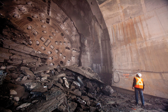 tunnel boring method