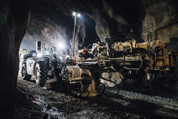 Boart Longyear Launches MDR700 Underground Coring Rig
