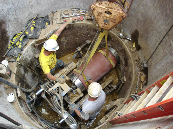 An advantage of the guided boring method is that it can be used in small jacking and receiving shafts.