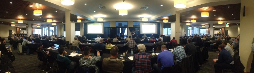 Ingo Justen (Tunnel Services Group) delivers a presentation in front of a packed house.