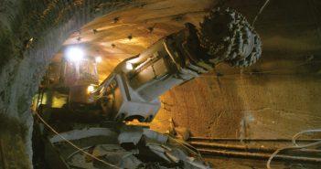 Roadheaders in tunneling